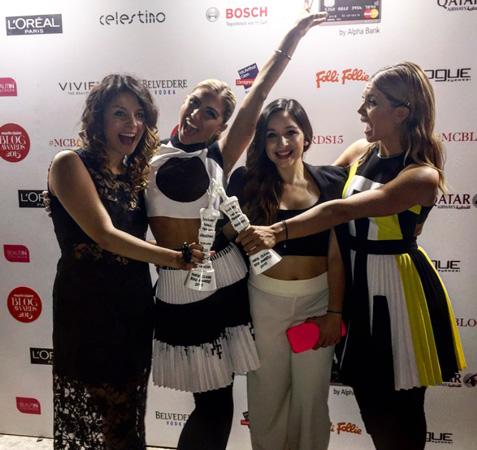 award011