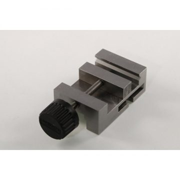 Stepcraft-CNC-Bench-Vice-PM40-3DHUBgr-01