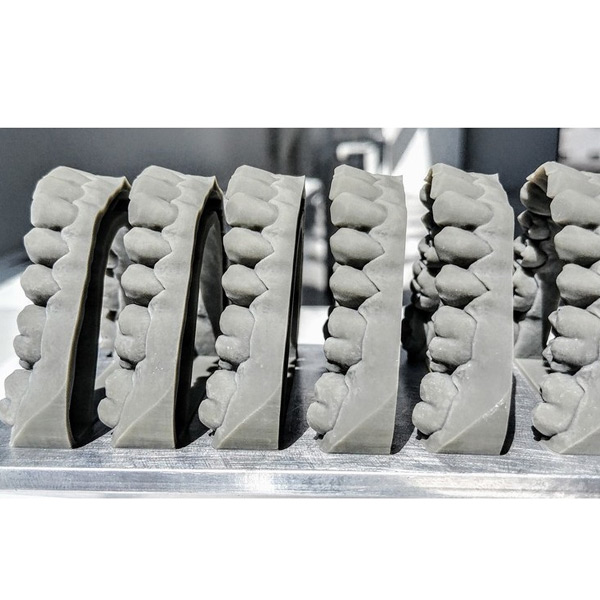 Bluecast Model Grey Dental Resin 3DHUB.gr